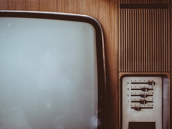 How we Used to watch TV